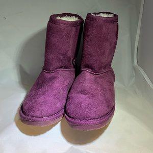 Dawgs Slip On Winter Boots Sz 10/11